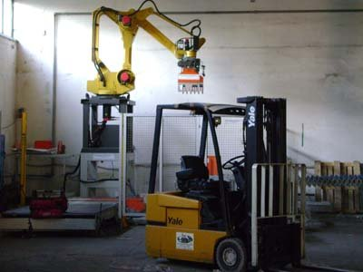 Scatolificio Martinelli Srl: robot impilatore